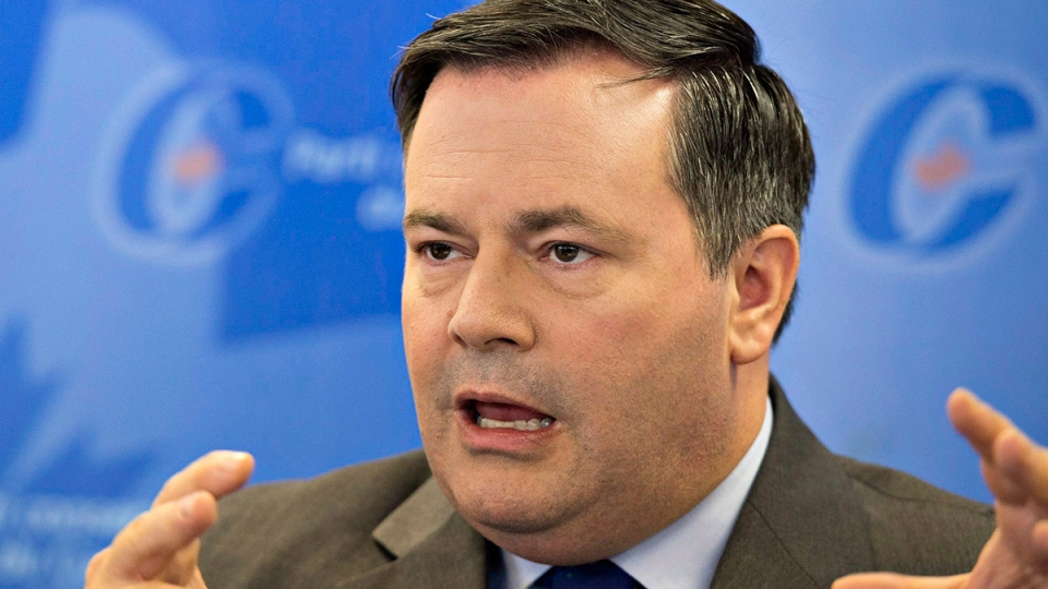 Conservative MP Jason Kenney speaks at a news conference in Levis, Que., Sept. 28, 2015. (Jacques Boissinot / THE CANADIAN PRESS)