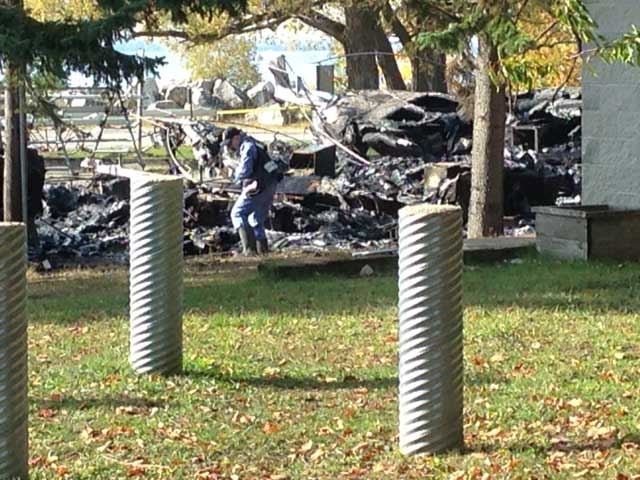 Officials investigate after an explosion at the Port Elgin Marina on Tuesday, Oct. 27, 2015. (Scott Miller / CTV London)
