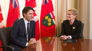 Canadian prime minister-designate Justin Trudeau meets with Ontario Premier Kathleen Wynne at the Ontario legislature in Toronto on Tuesday October 27, 2015. (Chris Young / THE CANADIAN PRESS)