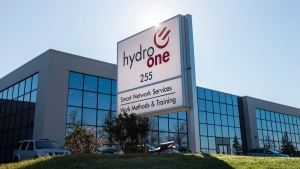 A Hydro One office is pictured in Mississauga, Ont. on Nov. 4, 2015. (Darren Calabrese / THE CANADIAN PRESS)