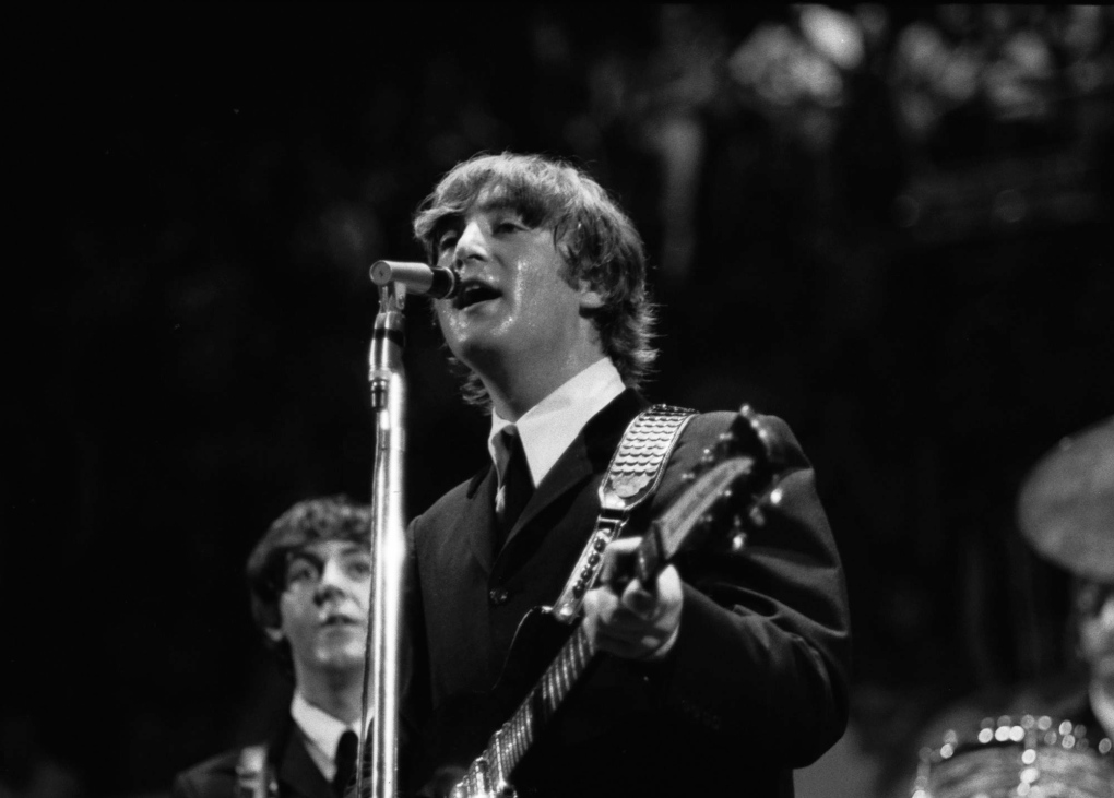 Guitar John Lennon Played In Love Me Do Sells For 2 4m Ctv News