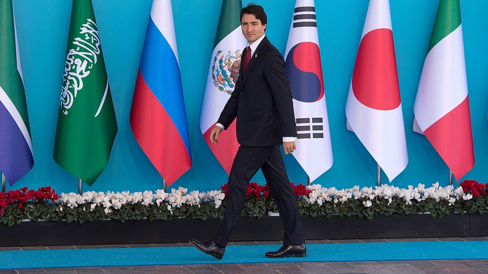 Prime Minister Justin Trudeau officially arrives to the G20 Summit in Antalya, Turkey on Sunday, Nov.  15, 2015. (Sean Kilpatrick / THE CANADIAN PRESS)