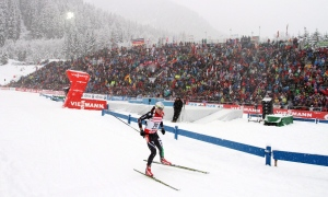 Daniel Taschler, of Italy, competes in a men's Biathlon 10 kilometre sprint race in Anterselva, Italy, Friday, Jan. 17, 2014. (AP / Felice Calabro')
