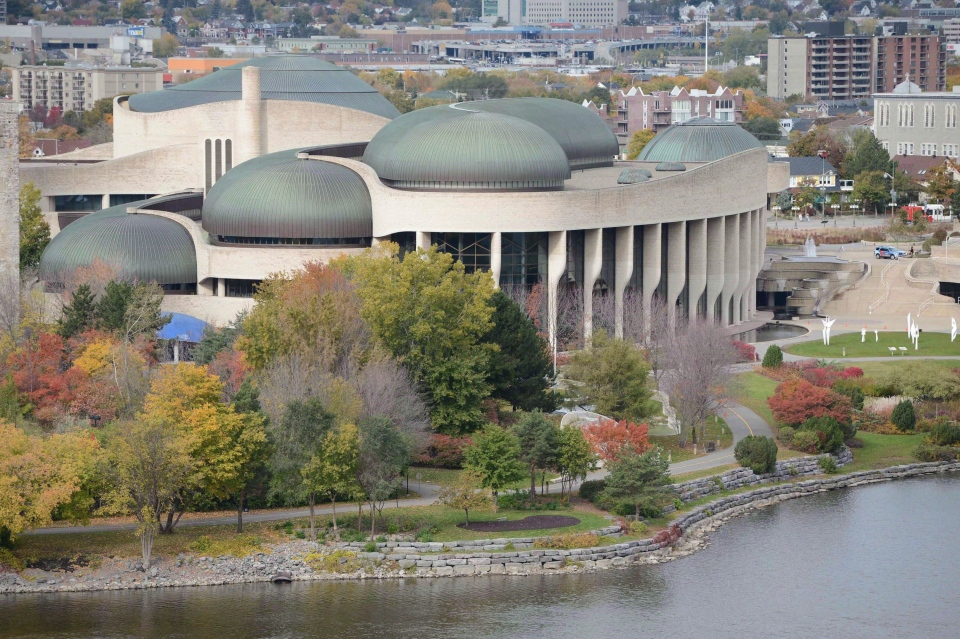 The Canadian Museum of History is shown in Gatineau, Que., on Oct.16, 2012. (Sean Kilpatrick / The Canadian Press)