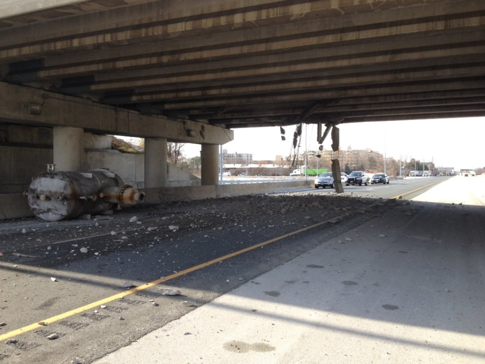 Damage to the Indian Road overpass at Highway 402 is seen just east of Sarnia, Ont. on Monday, Nov. 23, 2015. (Sean Irvine / CTV London)