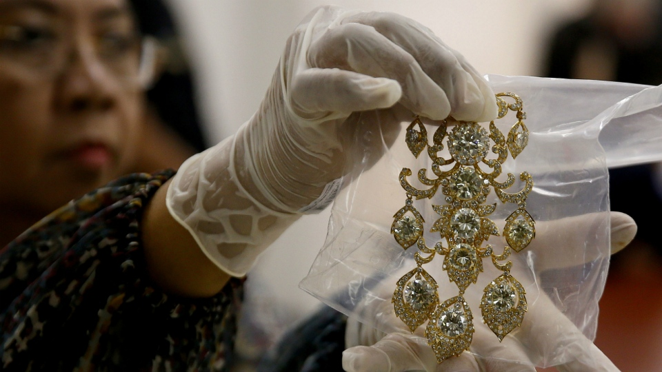 Philippines appraising seized Imelda Marcos jewelry ahead ...