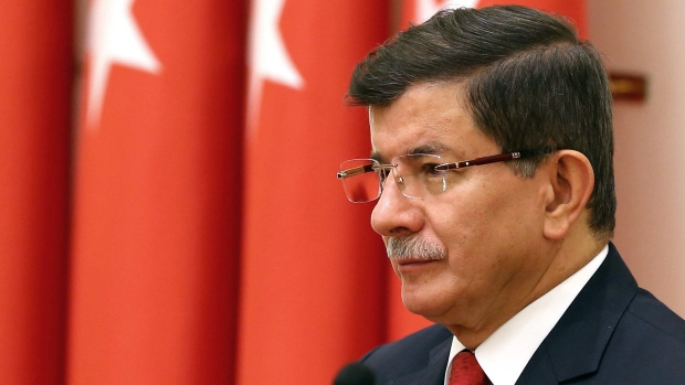 Russia looks to punish Turkey for downing warplane by ...