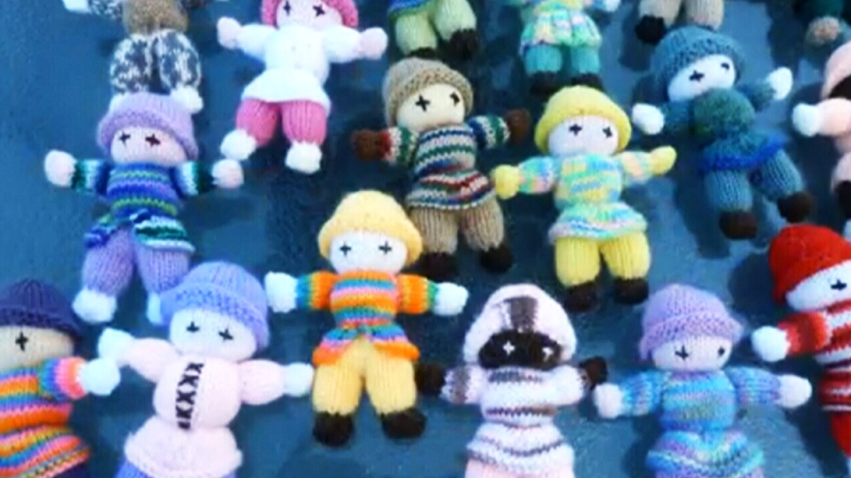 Knitters wanted: Group seeks Izzy Dolls for Syrian refugee children...