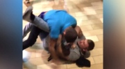Extended: Brawl breaks out in Kentucky mall