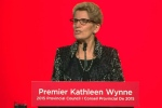 Ontario Premier Kathleen Wynne speaks in Mississauga, Ont. on Nov. 28, 2015.