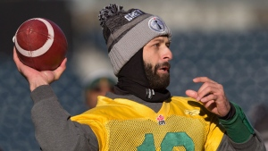 Edmonton Eskimos' quarterback Mike Reilly passes during Grey Cup football practice in Winnipeg, Man., on Saturday November 28, 2015. (Darryl Dyck / THE CANADIAN PRESS)