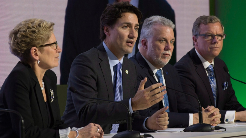 Prime Minister Justin Trudeau, 2nd from left, at the United Nations climate change summit, on Nov. 30, 2015. (Adrian Wyld / THE CANADIAN PRESS)