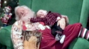 6-month-old's photo with sleeping mall Santa becom