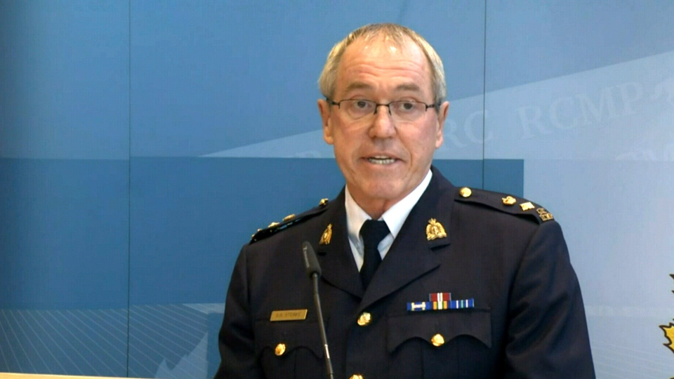 RCMP Supt. Gary Steinke provides an update on a triple homicide investigation in Edson, Alta., Tuesday, Dec. 1, 2015.