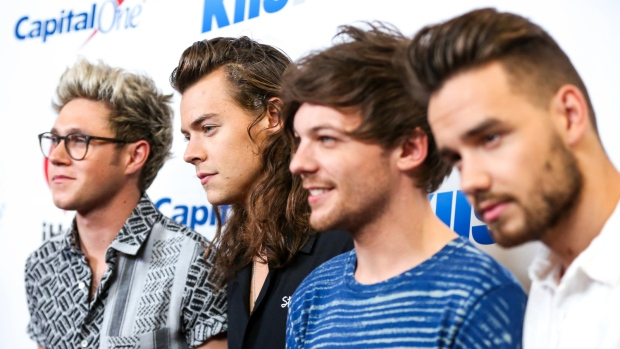 014183ab Niall Horan, from left, Harry Styles, Louis Tomlinson and Liam Payne of One  Direction arrive at 102.7 KIIS FM's Jingle Ball iHeartRadio at Staples  Center in ...