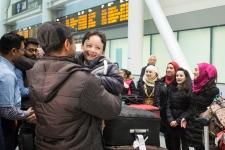 Syrian refugees arrive