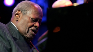 Oscar Peterson performs on the Stravinski hall stage during the 39th Montreux Jazz Festival, on July 16, 2005. (Keystone / Martial Trezzini / AP)