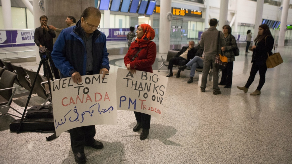 Canadians gather to meet Syrian refugees
