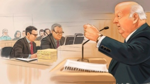 Senator Mike Duffy, right, is depicted speaking on the stand in a courtoom illustration as Crown Jason Neubauer, left, and Mark Holmes look on. (Greg Banning / THE CANADIAN PRESS)