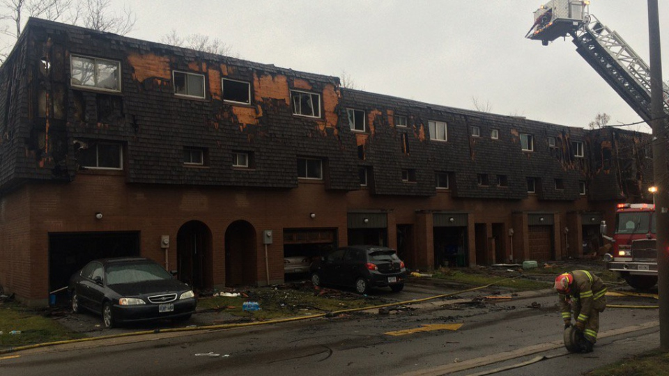 The aftermath of a massive fire that burned through eight townhouses in Brampton is seen on Dec. 13, 2015. (Heather Wright / Twitter)