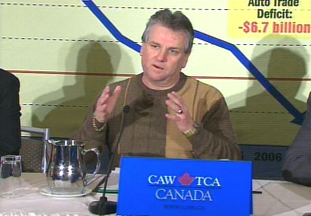 CAW President Ken Lewenza speaks during a press conference in downtown Toronto, Friday, Dec. 12, 2008.