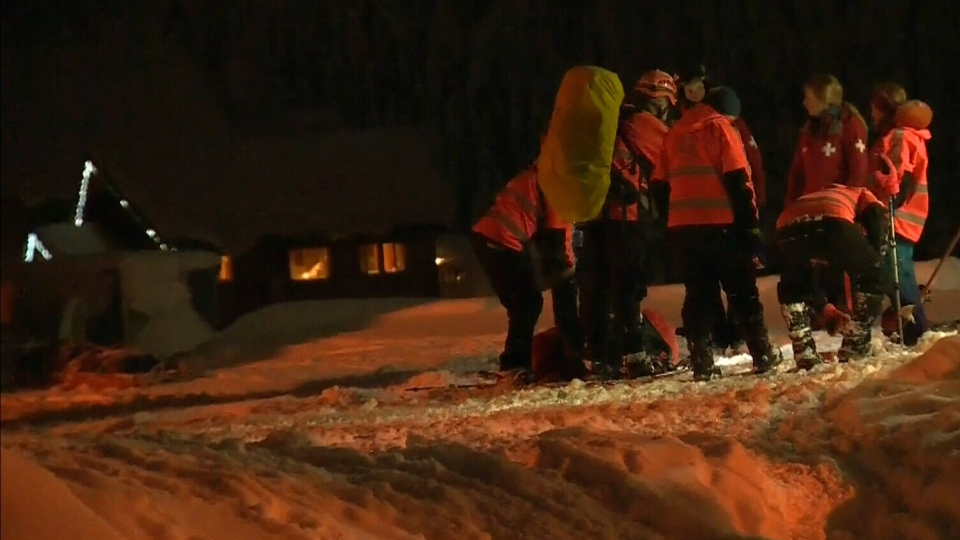 A massive search was launched in search for a missing teen on Mount Washington.