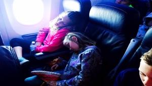 CTV National News: Passengers stuck on plane