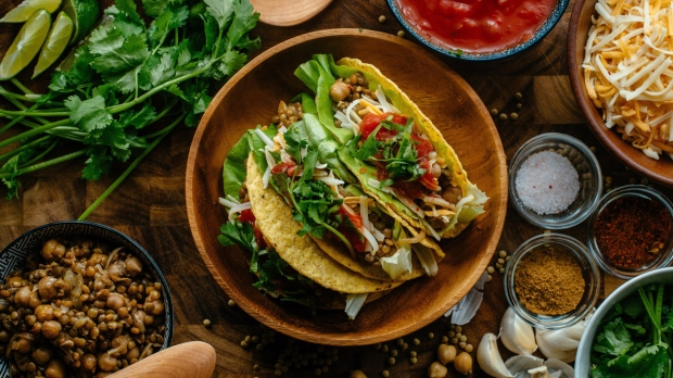 Pulse tacos with lentils, chickpeas
