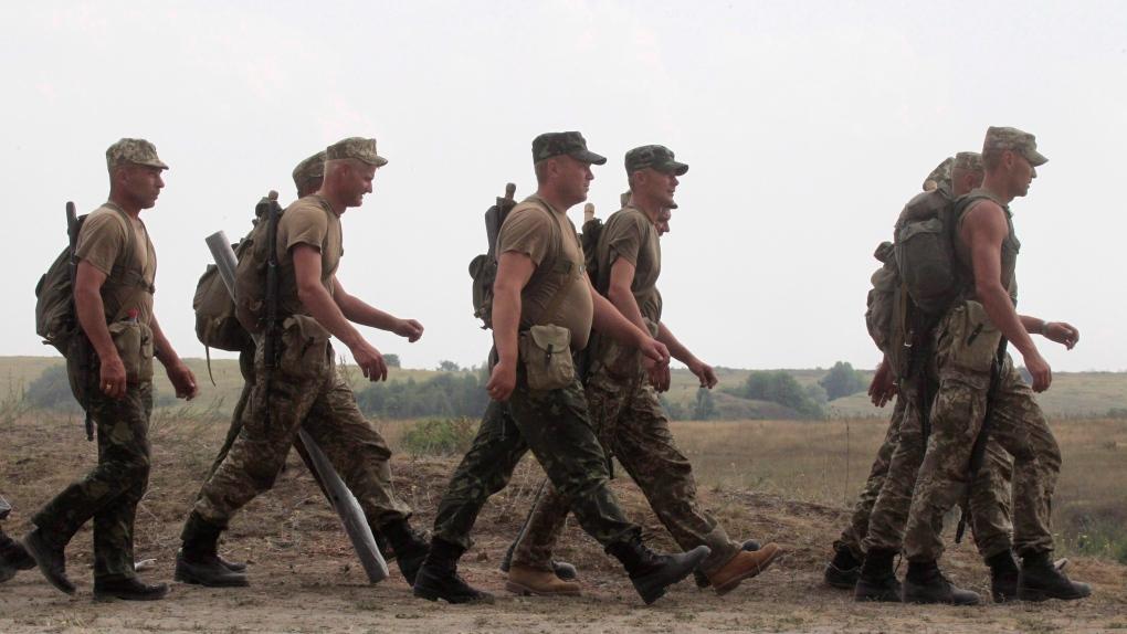 Ukraine troops soldiers Canada