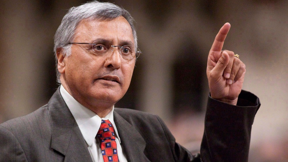 Ujjal Dosanjh in the House of Commons on Parliament Hill in Ottawa on April 20, 2010. (Pawel Dwulit / THE CANADIAN PRESS)