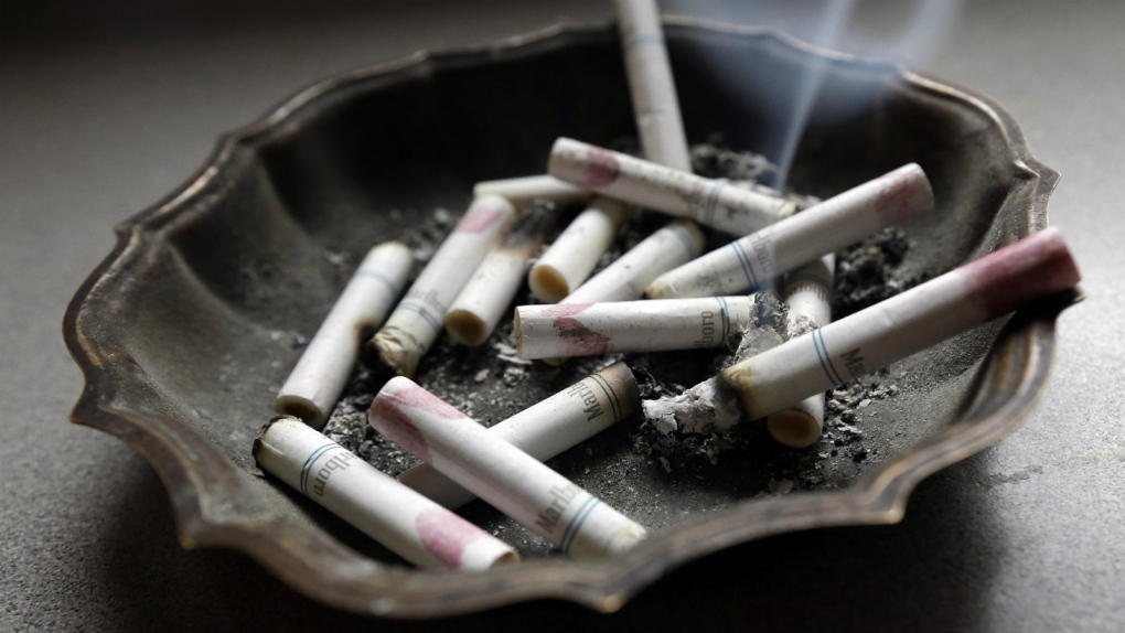 10 Tips Membersihkan Bau Asap Rokok Didalam Rumah
