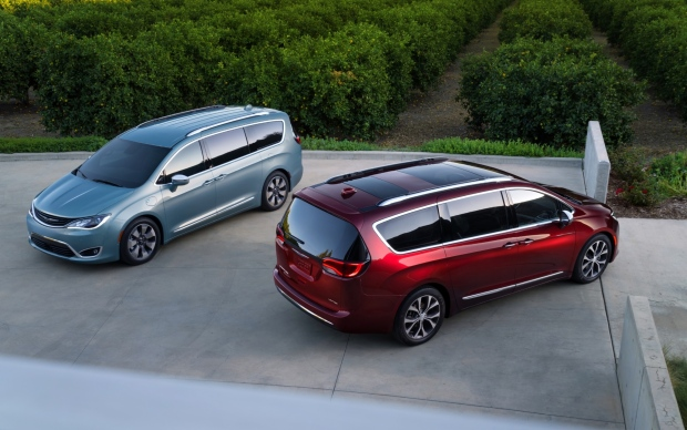 Chrysler's new Pacifica minivan unveiled