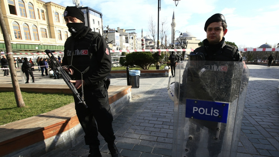 Policemen secure an area at the historic Sultanahmet district, which is popular with tourists, after an explosion in Istanbul on Tuesday, Jan. 12, 2016. (AP / Lefteris Pitarakis)