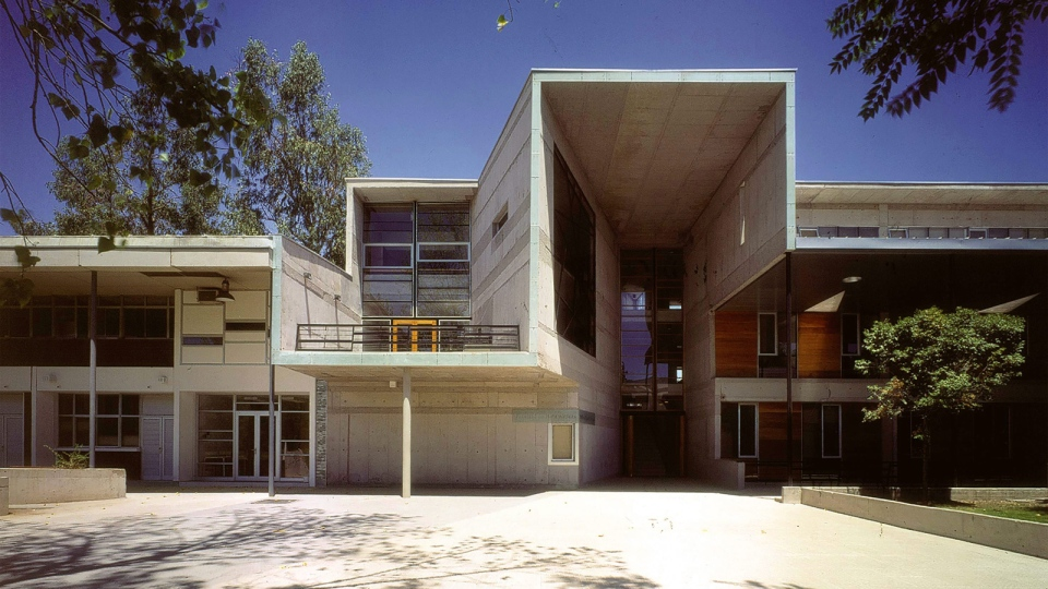 This undated image released by ELEMENTAL shows the exterior of the Mathematics School of The Catholic University in Santiago Chile, designed by Alejandro Aravena. (Tadeuz Jalocha/ELEMENTAL via AP)