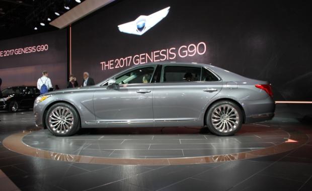 2017 Genesis G90 sedan