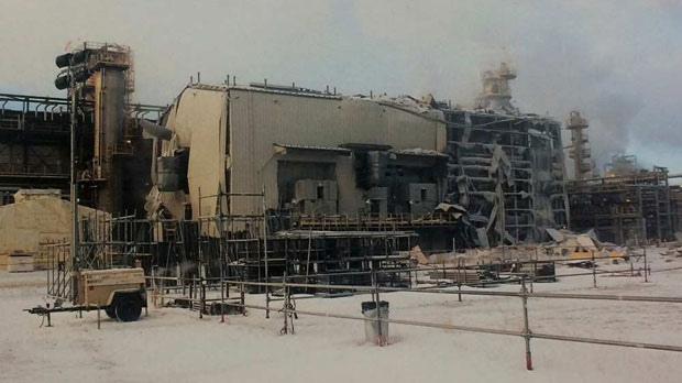Damage to the exterior of the hydro-cracker unit at the Long Lake facility following Jan 15, 2016 explosion (courtesy: Nexen)