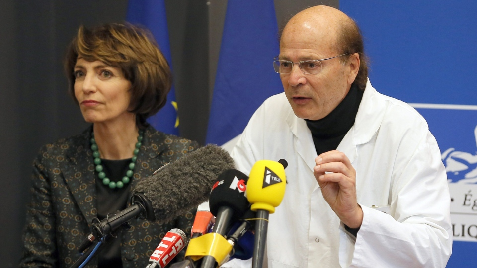 French Health Minister Marisol Touraine, left, and Professor Gilles Edan, the chief neuroscientist at Rennes Hospital, address the media during a press conference held in Rennes, western France, Friday, Jan. 15, 2016. (AP / David Vincent)