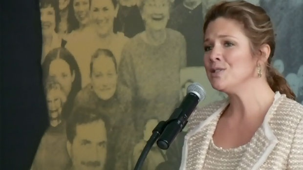 Sophie Gregoire-Trudeau sings at an event in Ottawa on Monday, Jan. 18, 2016.