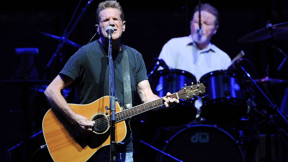 Musicians Glenn Frey, left, and Don Henley of the Eagles perform at Madison Square Garden in New York on Friday, Nov. 8, 2013. (AP / Evan Agostini / Invision)