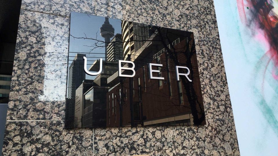 Uber Toronto Phone Number >> Toronto Councillors Vote To Legalize Ride Sharing Service