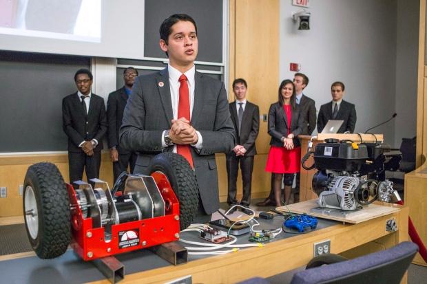 Robotic snow blower