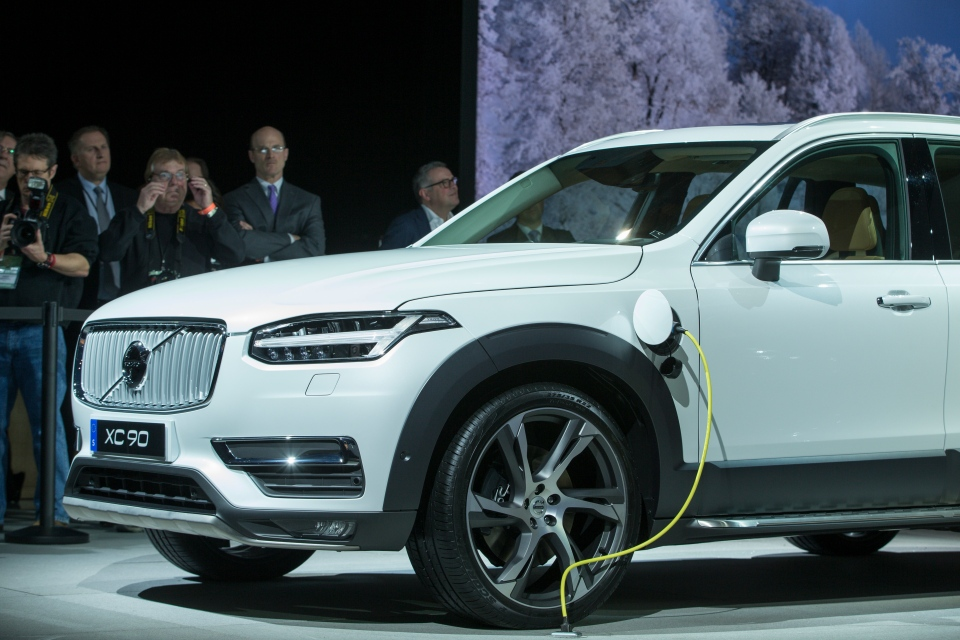 Volvo's new XC90 T8 has been named the 2016 Luxury Green Car of the Year by Green Car Journal at their awards ceremony on Thursday. (AFP / Geoff Robins)
