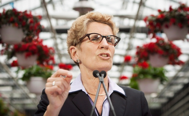 Kathleen Wynne at Niagara College greenhouse