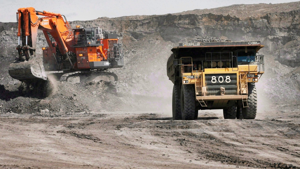 Alberta oilsands mine
