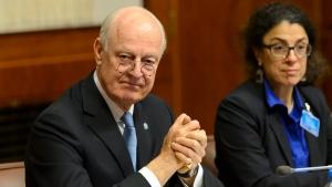 UN Special Envoy of the Secretary General for Syria, Staffan de Mistura left, attends the Syria peace talks in Geneva, Switzerland, Friday, January 29, 2016. (Martial Trezzini/Keystone via AP)