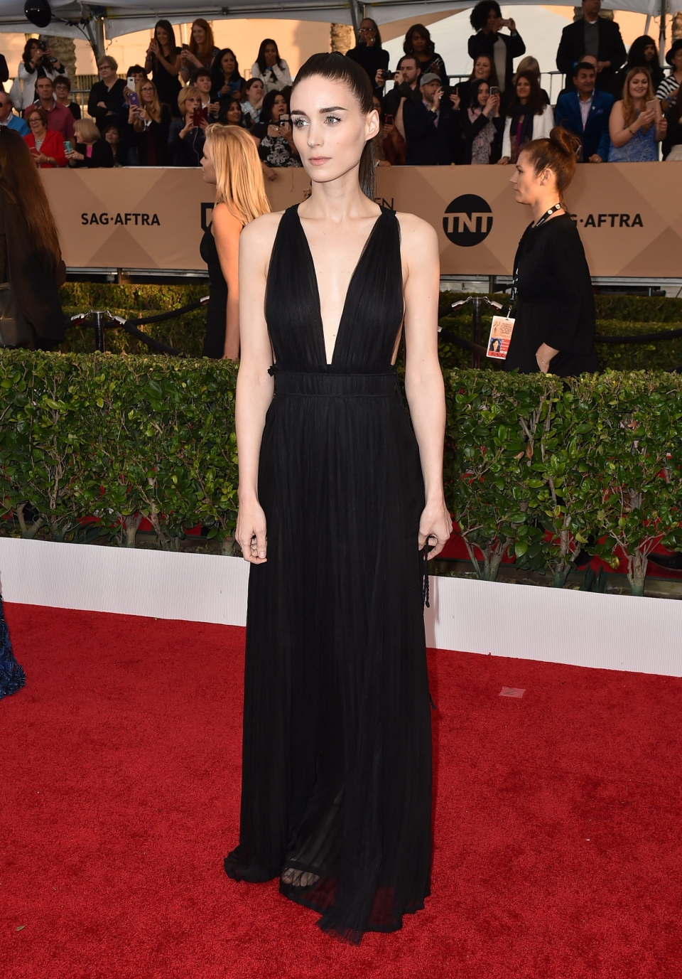 Rooney Mara arrives at the 22nd annual Screen Actors Guild Awards at the Shrine Auditorium & Expo Hall on Saturday, Jan. 30, 2016, in Los Angeles. (Photo by Jordan Strauss / Invision / AP)