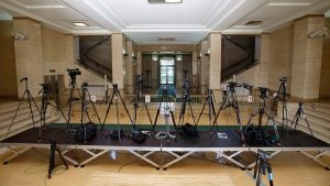 Tripods at a UN building after Syria talks were rescheduled at the European headquarters of the United Nations in Geneva, Switzerland, on Feb. 1, 2016. (Salvatore Di Nolfi / Keystone via AP)