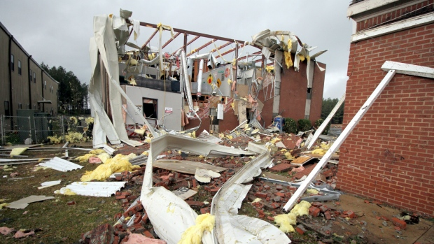 Tornadoes hit Mississippi