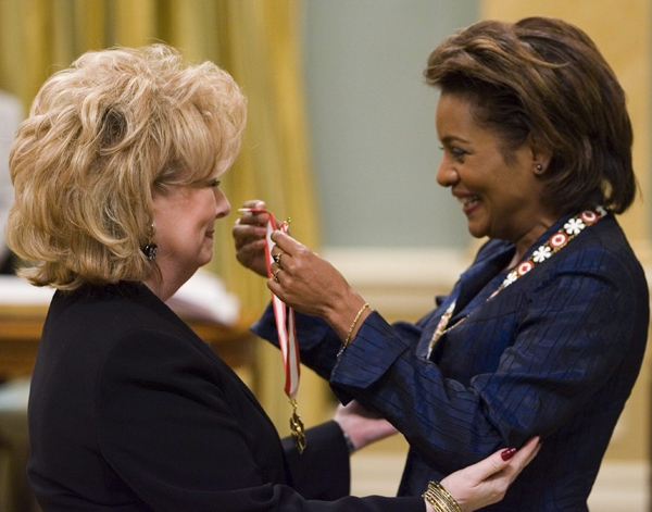 Former journalist and diplomat Pamela Wallin is invested to the Order of Canada as Officer by Gov. Gen. Michaelle Jean during ceremony at Rideau Hall, in Ottawa, Friday, Feb. 22, 2008. (Fred Chartrand / THE CANADIAN PRESS)