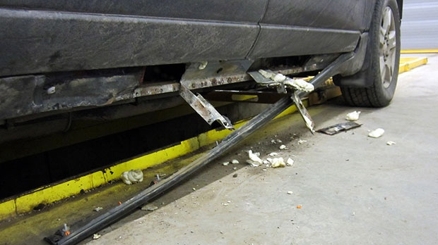 CBSA officers from the Del Bonita border crossing observed inconsistencies in the rocker panels of the SUV. (CBSA)